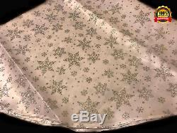 CHRISTMAS DECORATION Snowflake Tree Skirt Silver and White Festive Design 120cm