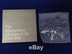 MMA 2001 Snowflake Sterling Silver Christmas Ornament Metropolitan Museum Art