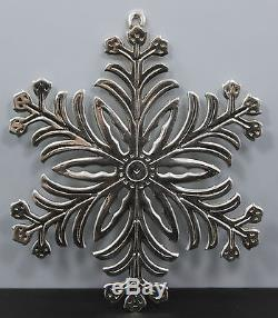 MMA Metropolitan Museum of Art Snowflake Christmas Ornament