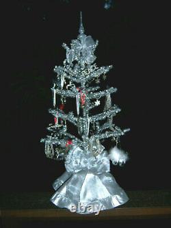 Pretty Retro 3 Ft Vtg Aluminum Tinsel Silver Feather Style Xmas Tree Ornaments
