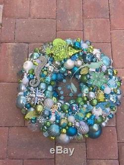Vintage Aqua Pastel White Silver Ornament Christmas Holiday Xmas 25540